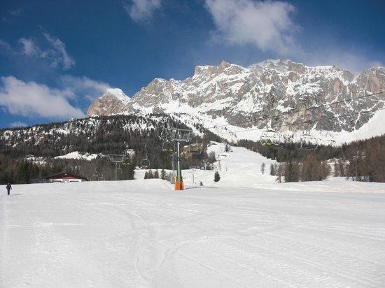 Victoria Parc Hotel: Socrepes Ski Area