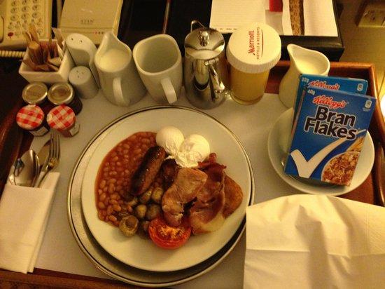 Manchester Airport Marriott Hotel: Room Service Breakfast
