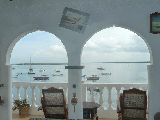 Shela Bahari Guest House : Balcony view