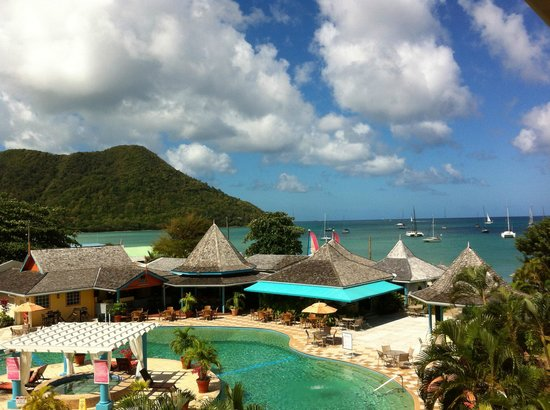 Bay Gardens Beach Resort: view from our balconey