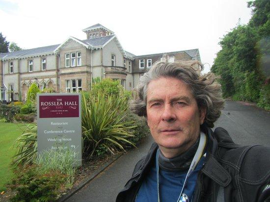 Rosslea Hall Country House Hotel: En una caminata matutina