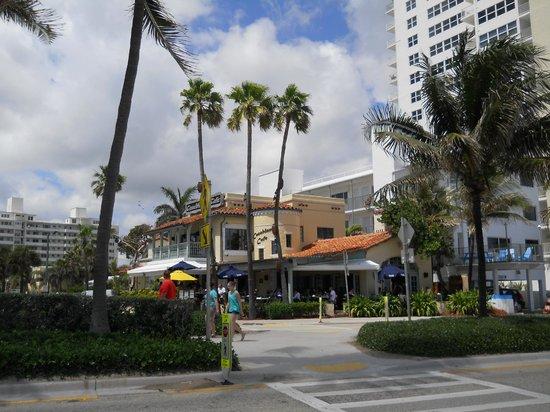 Casablanca Cafe : Casablanca from the beach