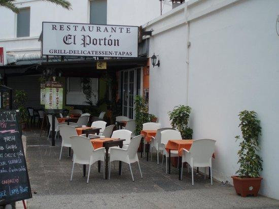 Meson El Porton: nuestro nuevo cartel bonito ,!verdad!
