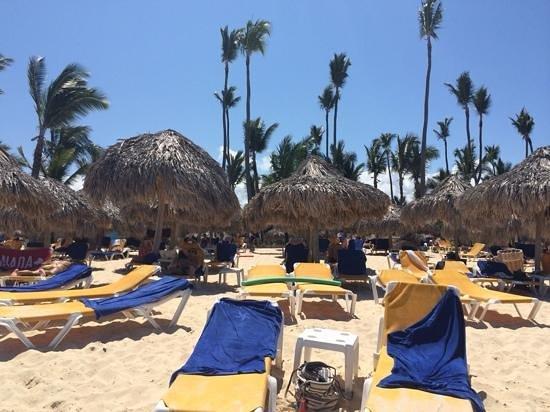 Iberostar Punta Cana: empty beds