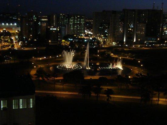 Nobile Suite Monumental: Vista do apartamento à noite
