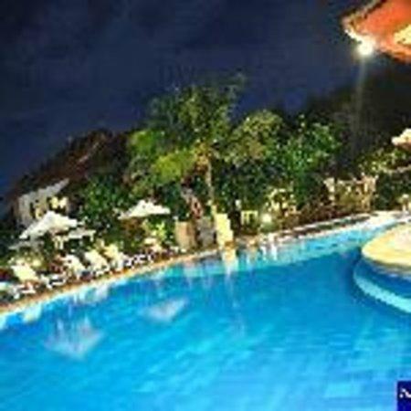 Kuta Beach Club Hotel : Gorgeous pool