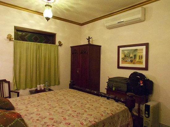 Hotel Ganges View : Another view of my room