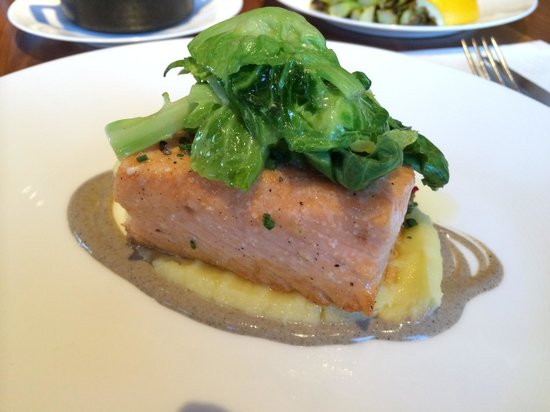 J&G Grill: Salmon with brussel sprouts and polenta