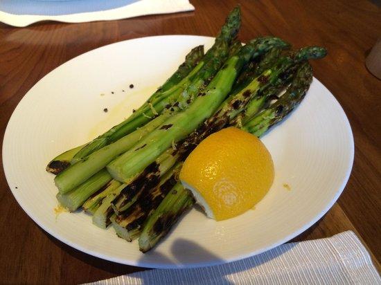 J&G Grill: Asparagus