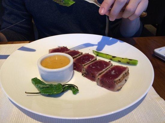 J&G Grill: Ahi tuna