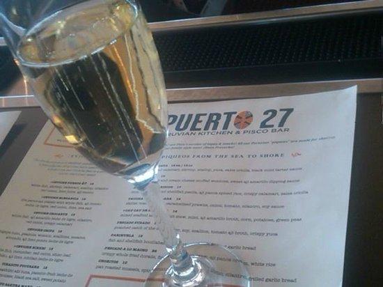 Puerto 27: A bubbly, please