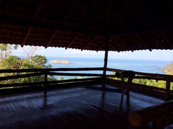 Holis Wellness Center & Spa: Yoga studio at Costa Verde