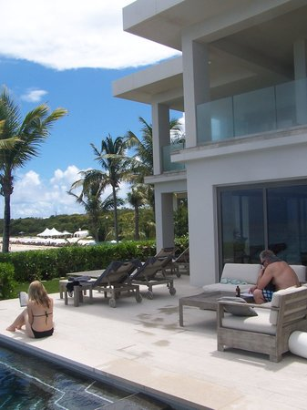 Four Seasons Resort and Residences Anguilla: Looking in toward the villa from the hot tub