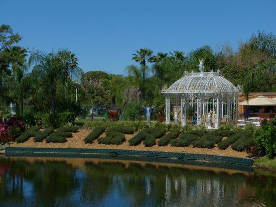Holy Land Experience: Holyland Experience, gardens