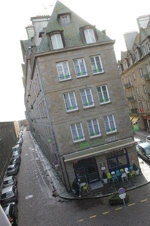 ibis Styles Saint-Malo Centre Historique : facade entrée