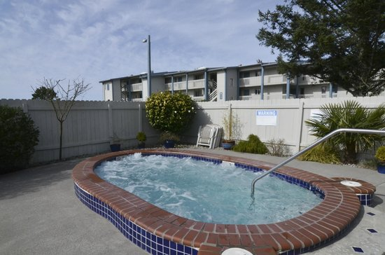 Breakers Hotel And Condo Suites 149 2 1 9 Prices Motel Reviews Long Beach Wa Tripadvisor
