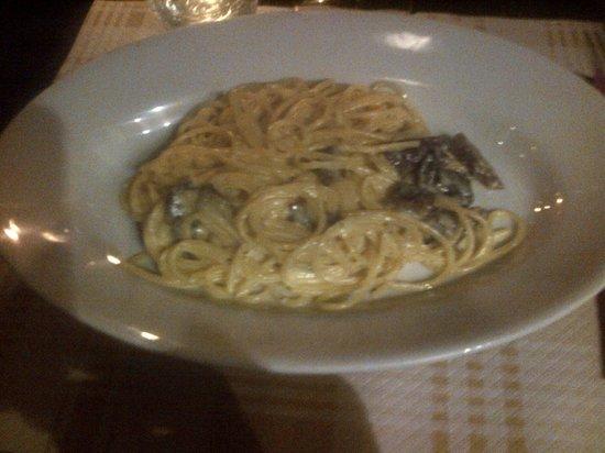Il Sedano Allegro : Carbonara vegetariana