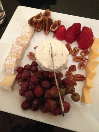 Brasstown Valley Resort & Spa: Cheese and Fig Plate