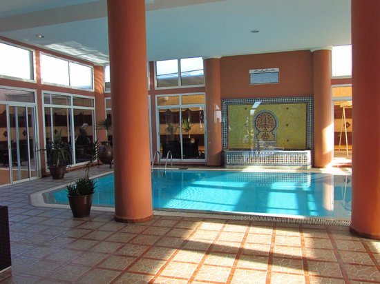 Hotel Miramar : internal pool