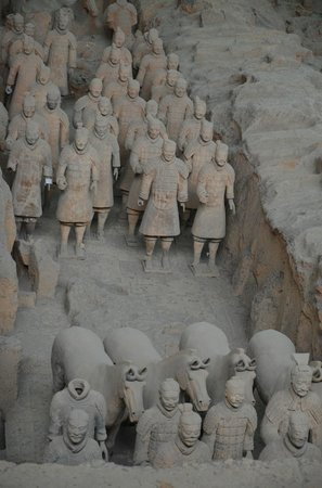 The Museum of Qin Terra-cotta Warriors and Horses: Terracotta warriors 2