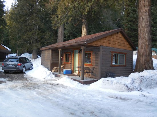 Lochsa Lodge: Our cabin in March
