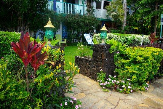 Garden Island Inn: Front of hotel