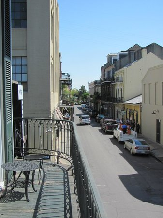 Chateau Hotel: View down street from balcony
