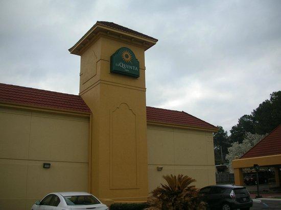 Rodeway Inn Jackson: Exterior of La Quinta Inn Jackson North