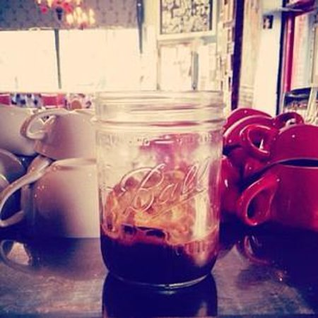 Photo of Cafe Little Skips at 941 Willoughby Ave, Brooklyn, NY 11221, United States