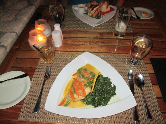 Blue Mahoe Restaurant at The SPA Retreat: Steamed fish and callaloo