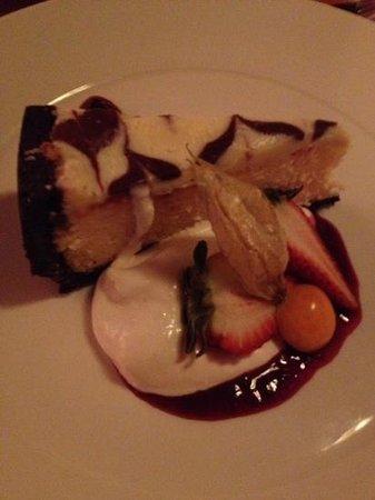 Whitetooth Mountain Bistro: White  chocolate cheese cake