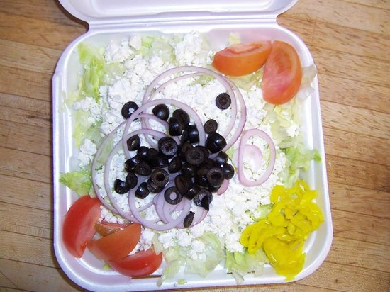 Wadhams House of Pizza: greek salad