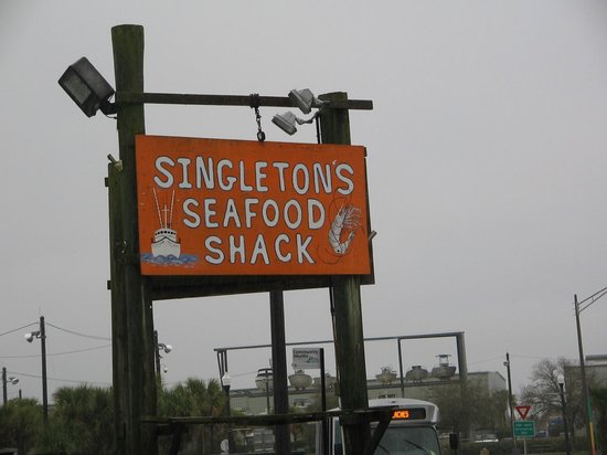 Singleton's Seafood Shack: Sign