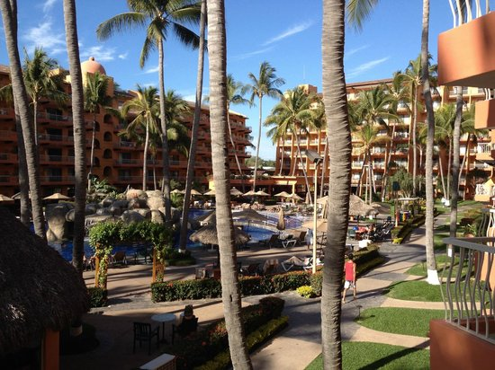 Villa del Palmar Beach Resort & Spa: Pool view from the balcony. Building 2, 2nd floor.