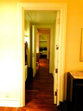 The Ritz-Carlton, Montreal : The walk in closet off the King suite connecting to our other room