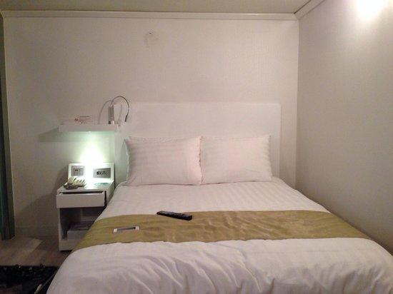 New Kukje Hotel: 窓なしダブルベッドの部屋
