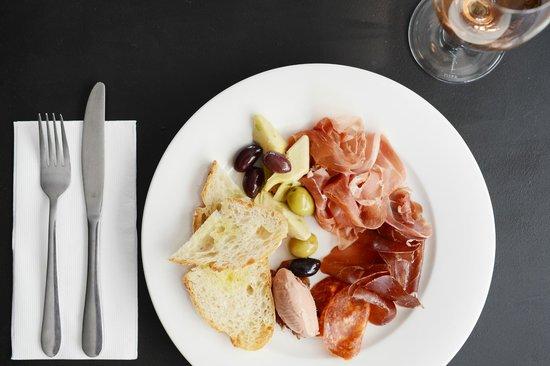 Republik Restaurant & Bar : Italian Plate