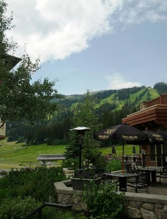 Sun Peaks: Beautiful mountain views