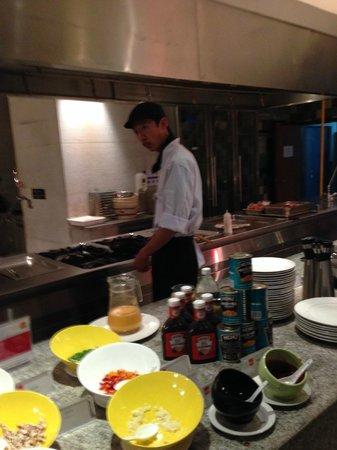 Four Points by Sheraton Qingdao Huangdao: Breakfast