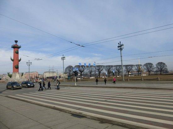 Memorial Sign Strelka Of Vasilievskiy Island: переход к стрелке