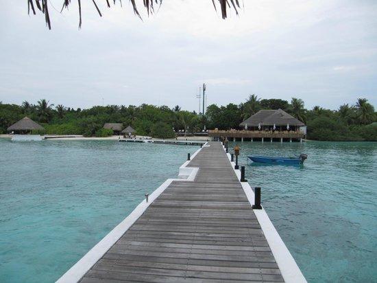 Eriyadu Island Resort: 桟橋からの眺め
