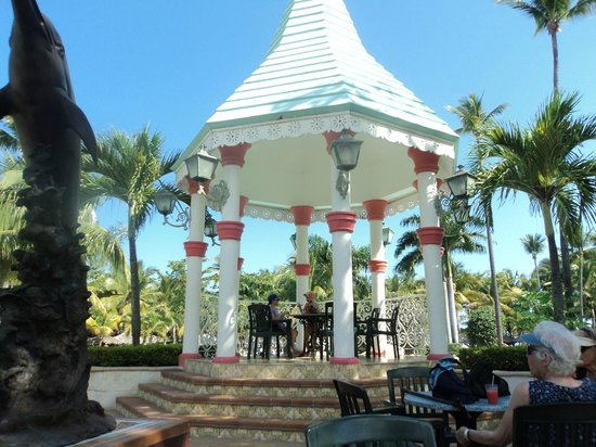 ClubHotel Riu Bachata: great place for a drink