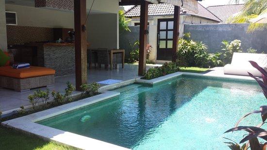 Jagaditha: pool and kitchen