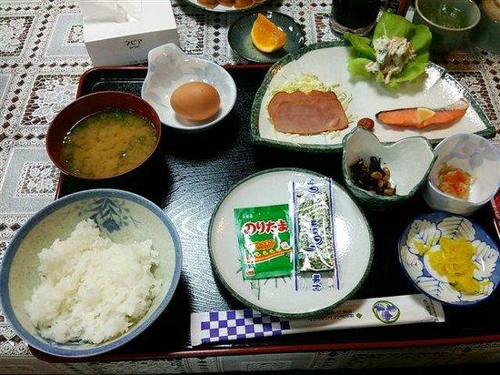 Takaraya: 朝食