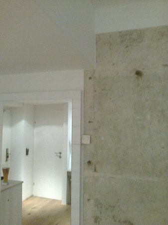 Hotel Wiesler: Walls are different, aren´t they!