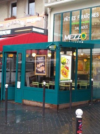 Mezzo di Pasta Gare de l'Est PARIS