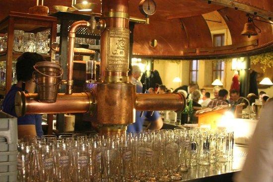 Zum Augustiner: пиво)))