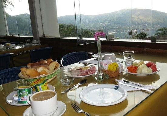 Portogalo Suite Hotel: Breakfast for one