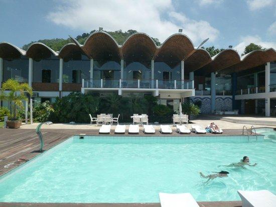 Portogalo Suite Hotel: Pool