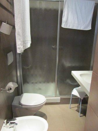 Hotel Piazza Bellini : Bathroom